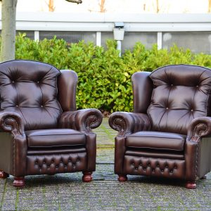Suzanne fauteuils antique brown